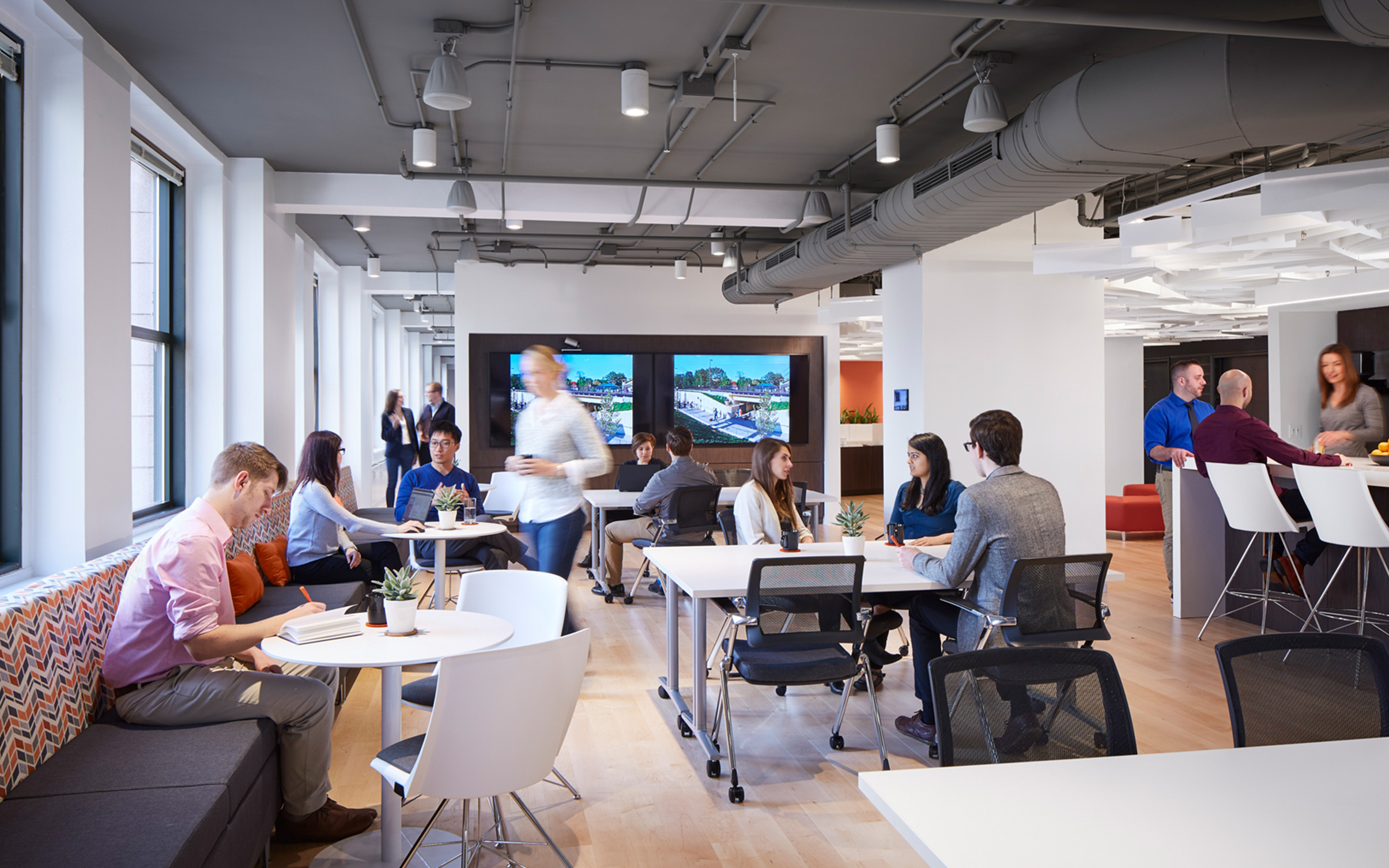 SmithGroup Chicago Office Interiors Renovation Jewelers Buildings Collaboration Cafe