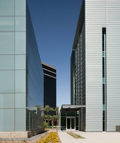 Arizona Biomedical Collaborative Exterior Architecture Science and Technology Phoenix SmithGroup