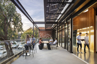 A HOLISTIC APPROACH FOR RETURNING TO THE OFFICE AFTER COVID-19 Workplace SmithGroup Architecture office pandemic DPR Sacramento