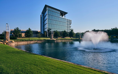 Independent Financial Headquarters Exterior Workplace Office Architecture SmithGroup Dallas McKinney